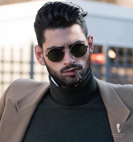 Black-round-sunglasses