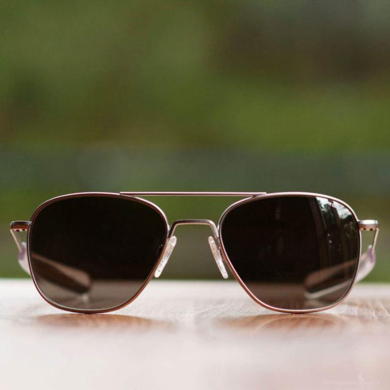 The-Randolph-Engineering-Aviator-Sunglasses-900x900