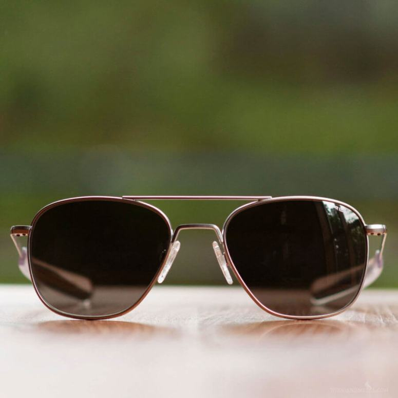 The-Randolph-Engineering-Aviator-Sunglasses-900x900